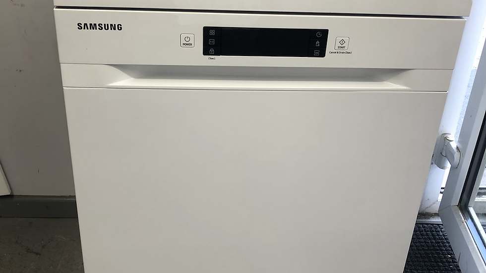 (323) Samsung Series 5 DW60M5050FW Standard Dishwasher - White - F Rated