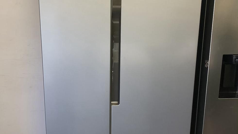 (377) LOGIK LSBSX20 American-Style Fridge Freezer - Inox