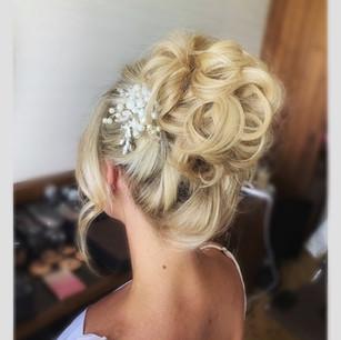 bride lindsey
