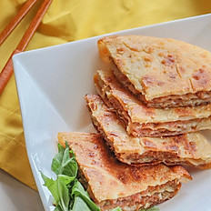牛肉餡餅 Beef Pancake (6, cut into 24 pieces)