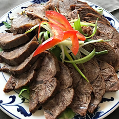 滷味醬牛肉: Five Spice Marinated Beef
