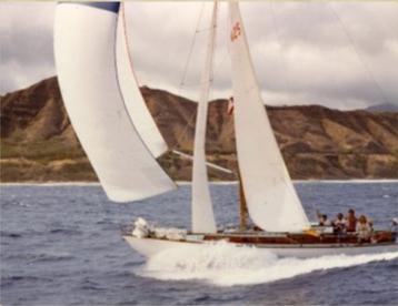 Sailing in Hawaii.png