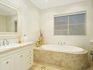 Create a Sensational Bathroom by Combining Textures