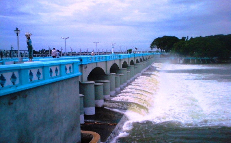 Kallanai Dam is the first dam of India, its also one of the world's oldest Dam.