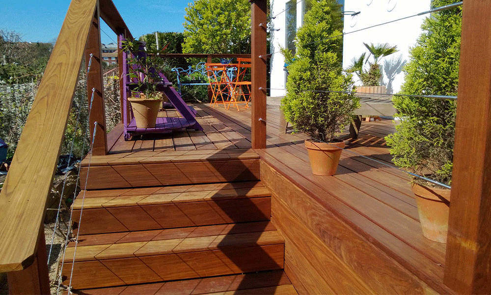 Wire and Timber Elevated Balustrade
