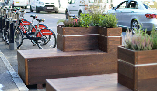 ThermoWood Ash Planter