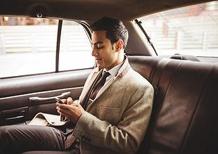 Forretningsmand i en bil