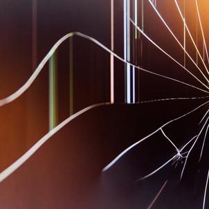 Damaged Glass build-plates – Precautionary measures