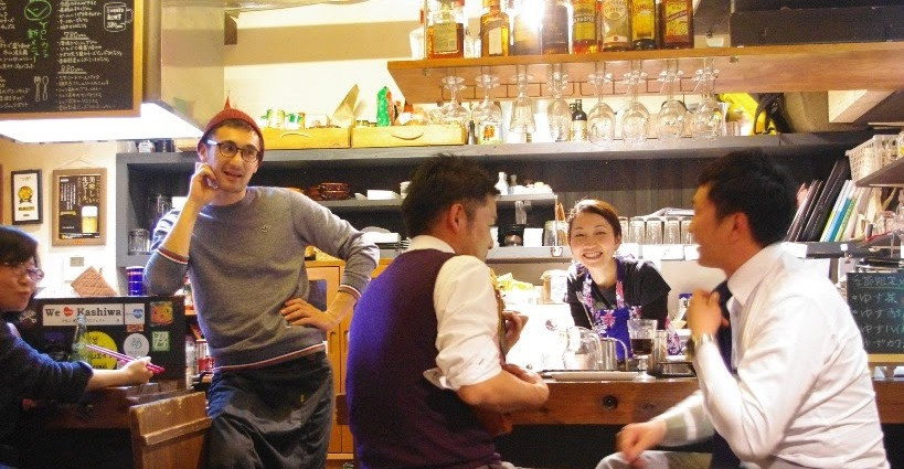 YOL Cafe Frosch店内風景