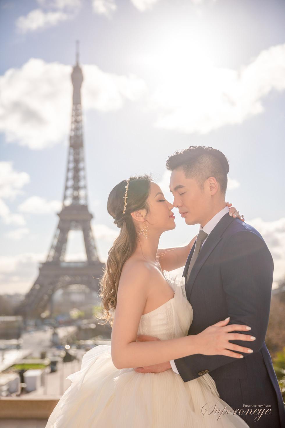 Eiffel tower Trocadero - Paris prewedding