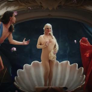 Pornhub против Лувра: как можно не угодить нюдсами.