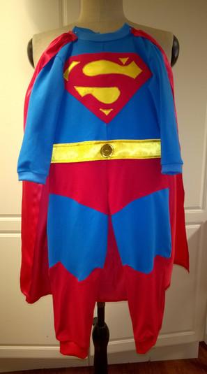 Vaateompelu - Supermies-asu