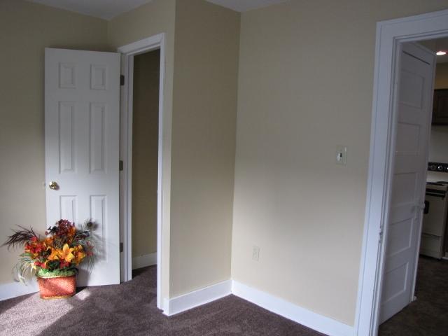 BEDROOM REAR (small)