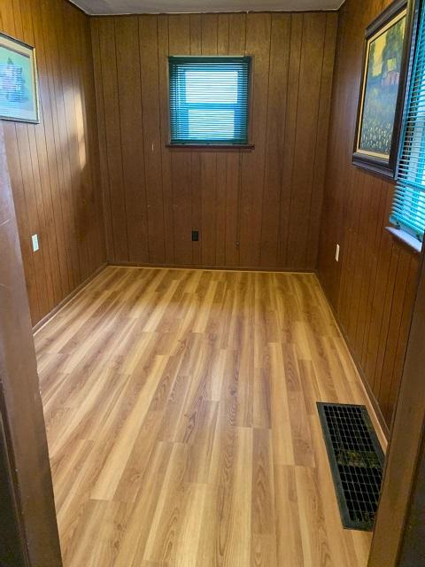 Bonus Room - new flooring!