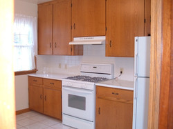 Kitchen view of appliances.