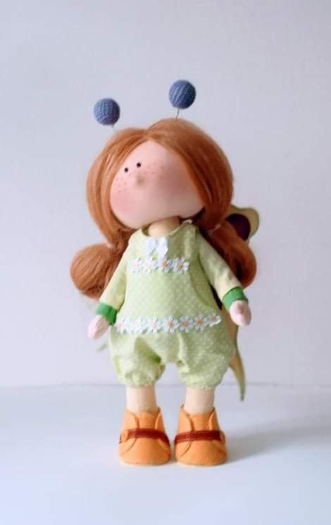 Ръчно изработена кукла (28см, текстил, Й. Дончева)