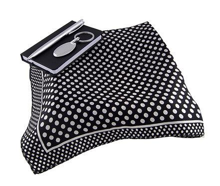 Дамски комплект - шал, бележник и метална химикалка