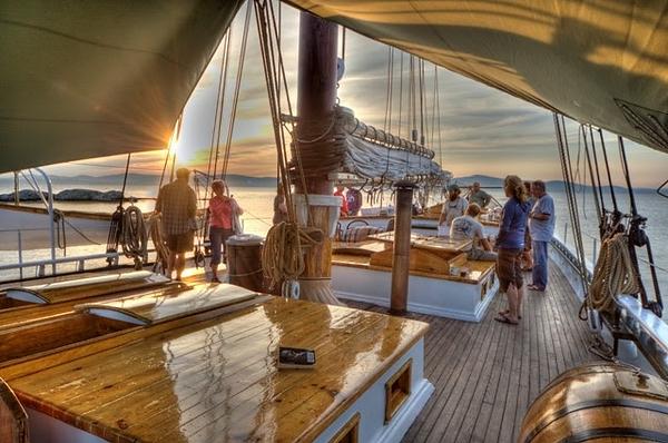 Camden schooner.png