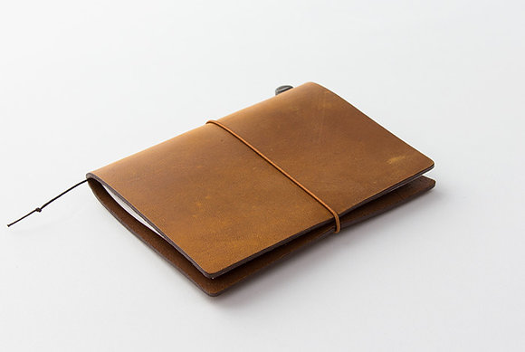 Traveler's notebook (camel)