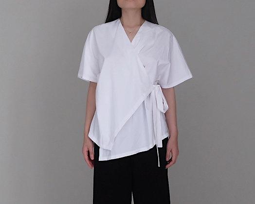 Kay Kimono: White