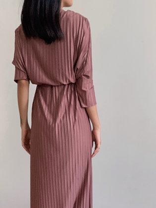 Plie Dress: Rose brown