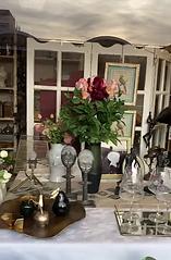 Vente de cadeaux , décoration, art floral, meubles et bijoux fantaisie