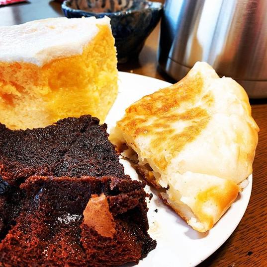 【FUu〜カフェ】  #シフォンケーキ #ブルーベリーチョコケーキ #コーンもち