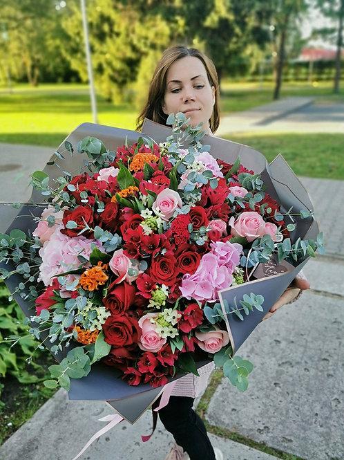 Premium ziedu pušķis 1