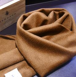 BC围巾.jpg