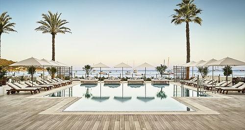Familienluxusreise ins Nobu Hotel Ibiza Bay