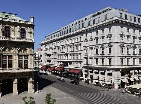 Familienluxusreise ins Hotel Sacher