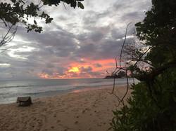 Sonnenuntergang vor der Villa