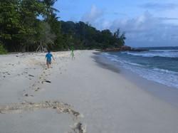 Strand vor der Villa