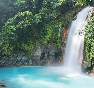 Costa-Rica-Rio-Celeste-GettyImages-51424