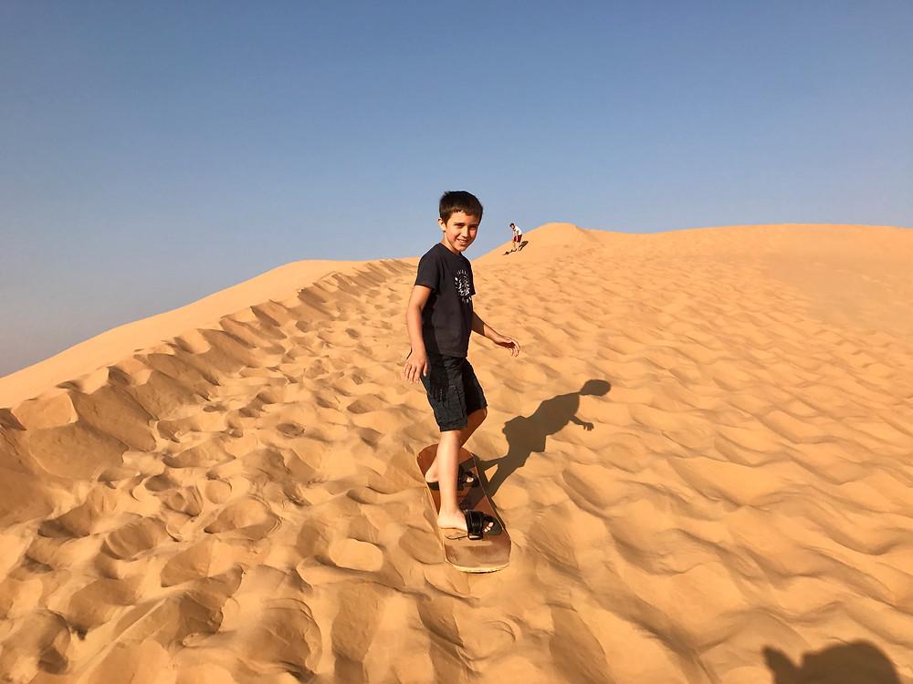 Sandboarden klappt schon ganz gut