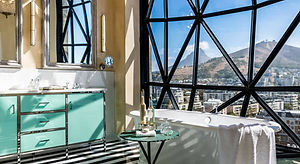 ts-rooms-deluxe-superior-suite-bathroom-