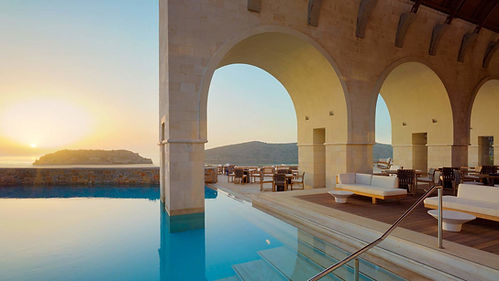 Familien Luxusreise ins Blue Palace Resort