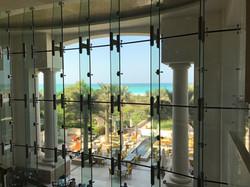 Blick von der Lobby zum Meer
