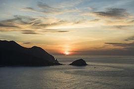sunrise_from_goga_peak_high_res_15111_0.