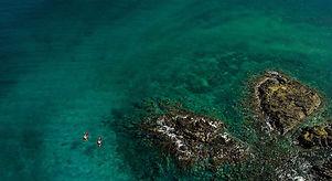 red-kayak-at-snorkelling-2-r.jpg