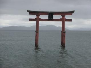 琵琶湖--湖中鳥居