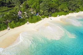 Landschaft-auf-der-Seychelleninsel-Mahé0
