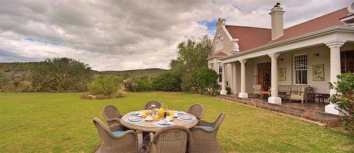 Familien Luxusreise ins Kwandwe Uplands Homestead