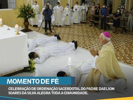 MOMENTO DE FÉ