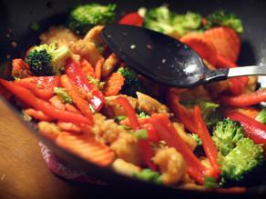 Healthy chicken satay stir-fry