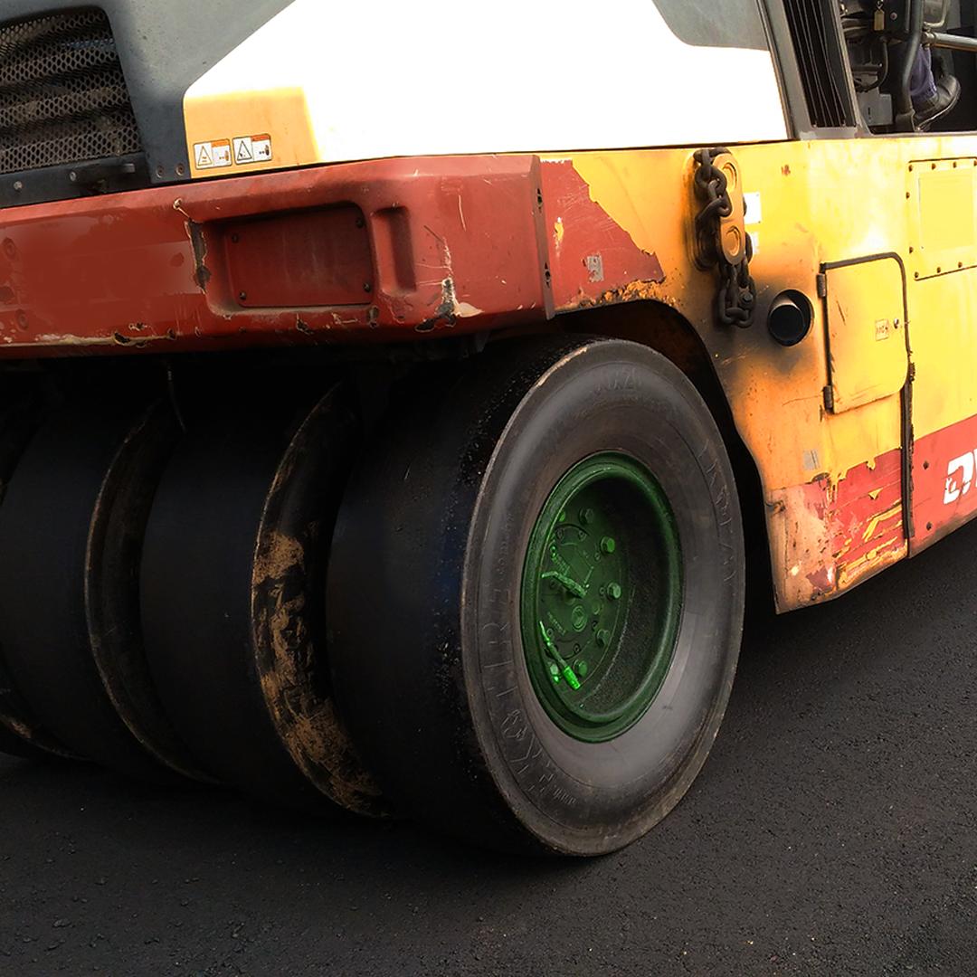 pneu para rolo de pneu
