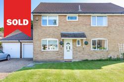 New Ash Green - £370,000