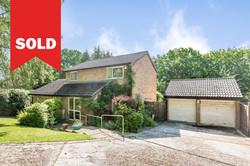 New Ash Green - £510,000