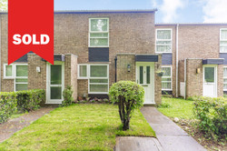 New Ash Green - £285,000