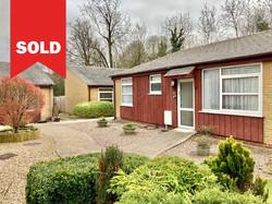New Ash Green - £245,000